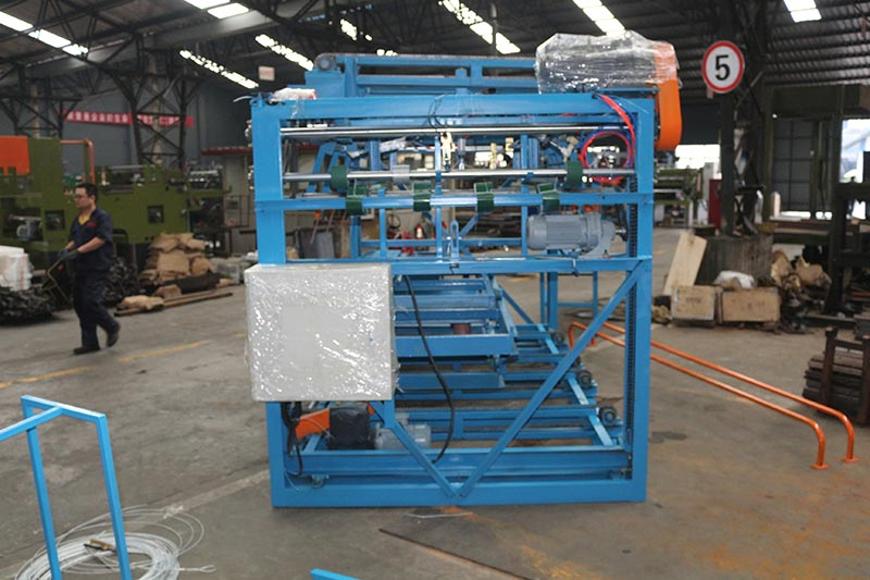Mesin Geelong mengekspor satu kontainer: veneer composer / builder / jointer machine, benang lem